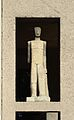Anton-Schmid-Hof, Männliche Figur 2, sculpture by Rudolf Beran.jpg