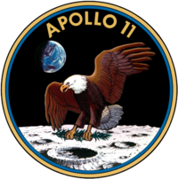 Apollo 11 logotipas