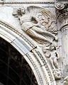 Arco trionfale del Castel Nuovo, 05, 2 vittoria alata.jpg