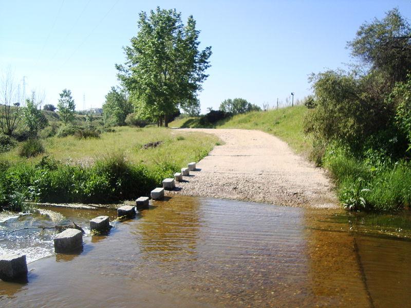 Arroyo de Tejada cerca de Tres Cantos.jpg