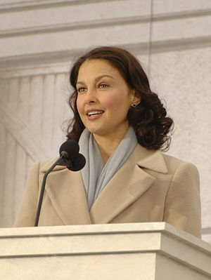Cyberbullying - Image: Ashley Judd ioc cropped