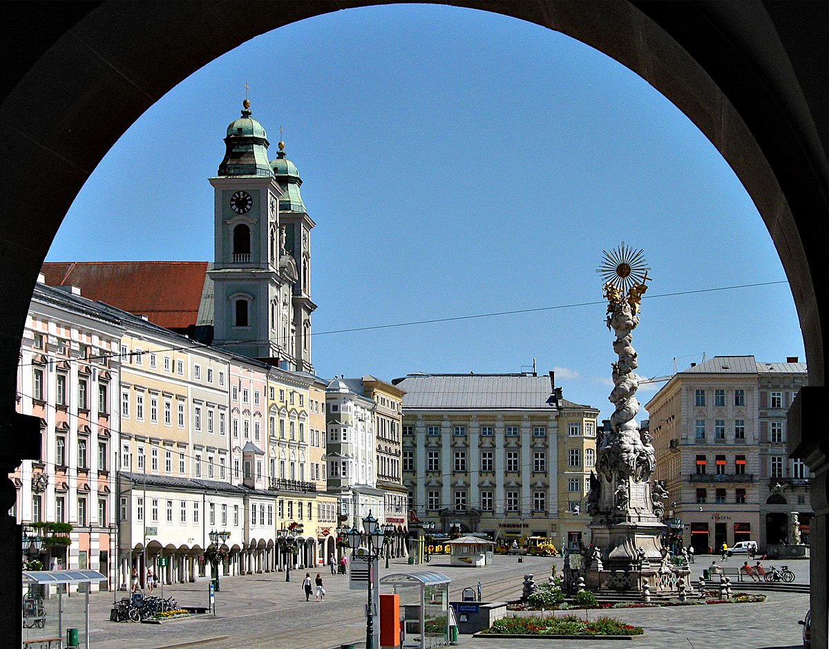 Linz.At