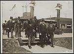 Autoriteiten bezichtigen het nieuwe vliegveld Waalhaven te Rotterdam, 1922.jpg