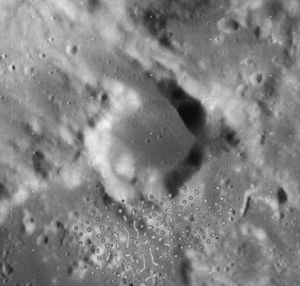 Auwers crater 4090 h2.jpg