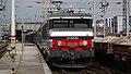 BB 15030 en tête d'une TER 2N à Amiens.JPG
