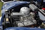 BMW 502, Bj. 1957, Motorraum.JPG