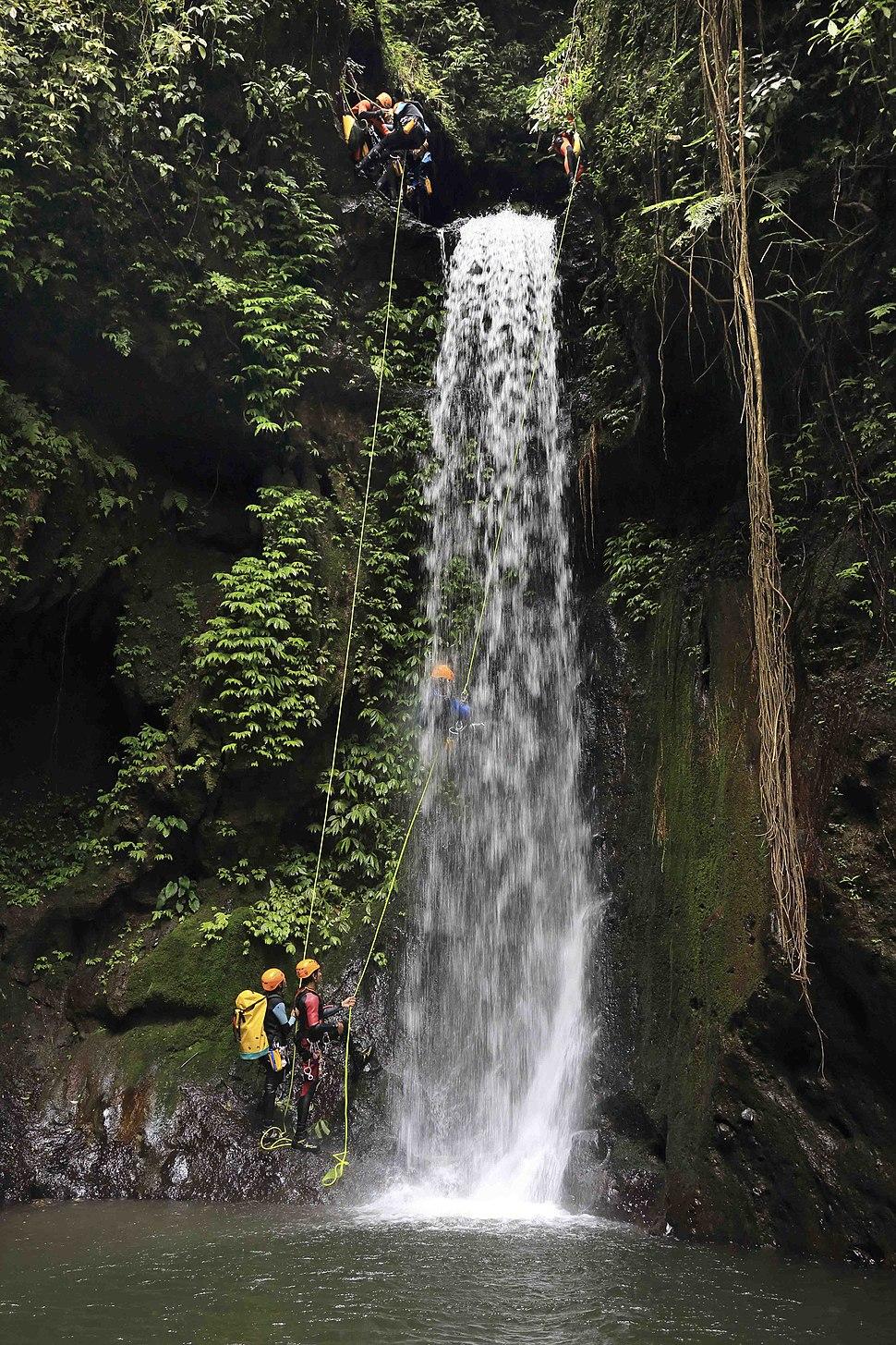 Bali canyoning