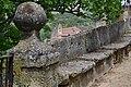 Banco de piedra en Jardín de los Poetas (27236778211).jpg