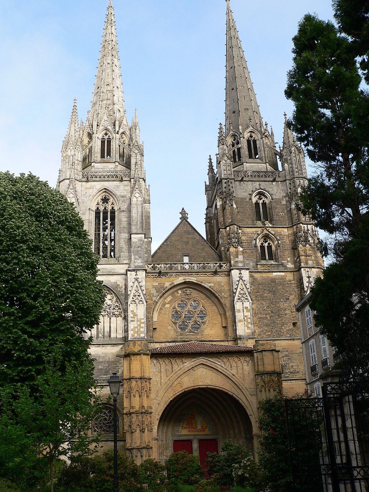 Cattedrale di bayonne wikipedia for Ecole de dessin bayonne