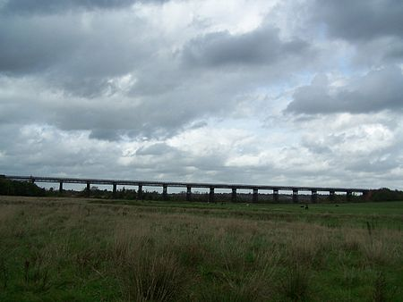 The Bennerley Viaduct on the Awsworth Junction to Derby Branch in 2006 Bennerley Viaduct.JPG
