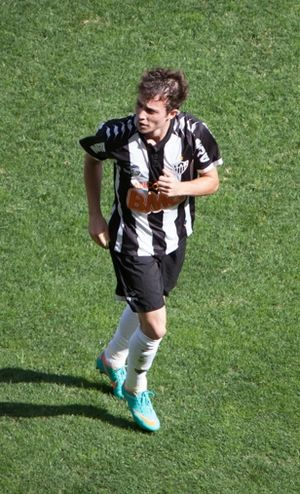 Bernard (footballer) - Bernard playing for Atlético Mineiro in 2012