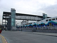 Bilevel commuter train in SoundTransit livery -b.jpg