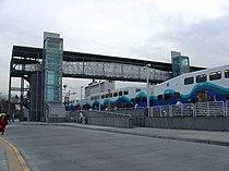 Bilevel commuter train in SoundTransit livery -b.jpg