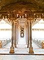 Bir Singh Judev Palace pillars.jpg