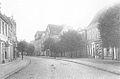 Blick in Hauptstraße m Neubau Foto 1920.jpg