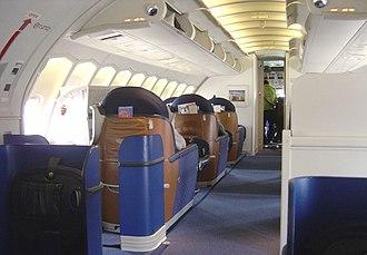 Boeing 747-400 - British Airways 747-400 upper deck old style business class