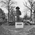 Bronzen beeldje van Theodorus Velius - Hoorn - 20116468 - RCE.jpg