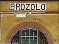 Brozolo - stazione ferroviaria - scritta.jpg