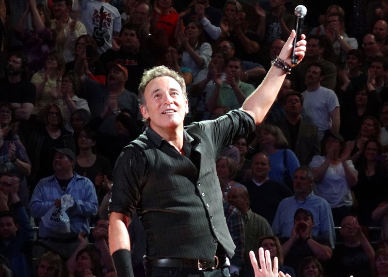 File:Bruce Springsteen 06 (6926922250).jpg