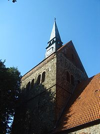 Bruchhausen-Vilsen, Turm St. Cyriakus Kirche.jpg