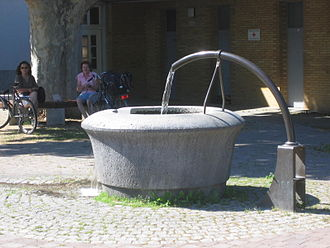 Mombach - Well at the municipality