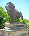 Buffalo statue at Dumbarton Bridge.JPG