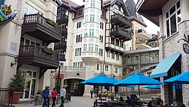 Lionhead district van Vail