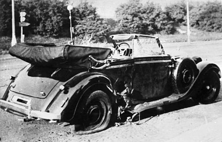 The car in which Reinhard Heydrich was killed Bundesarchiv Bild 146-1972-039-44, Heydrich-Attentat.jpg