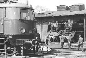 Halle (Saale) Hauptbahnhof - Museum locos at BW Halle Hbf on 15.6.1988