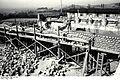 Bundesarchiv Bild 192-180, KZ Mauthausen, Bau des Garagenhofes.jpg