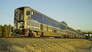 Pacific Surfliner - Image: Cab car 6905 at Lake Forest