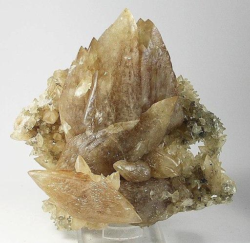 Calcite-196789