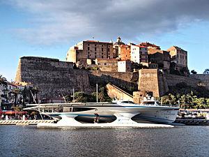 Calvi MS Turanor PlanetSolar citadelle.jpg