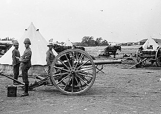Battle of Boshof - A British 15 pounder pounder field gun at a camp near Boshof, 1900
