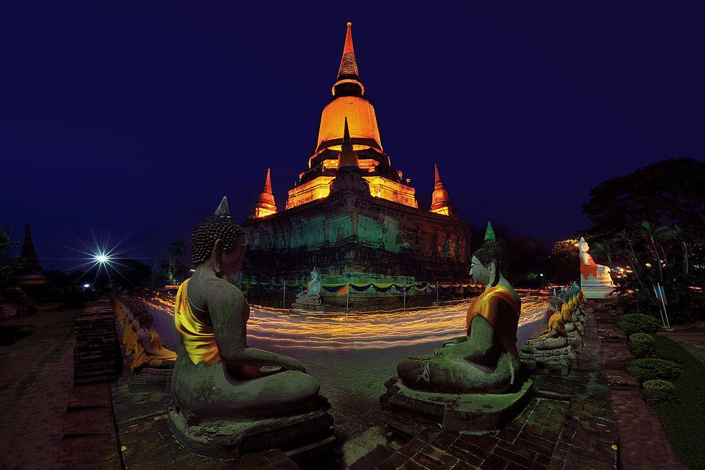 Candle Light Vesak day ceremony at WatYai Chaimongkhol Temple, Ayudtaya, Thailand