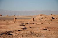 Caravanserai in desert Dasht-e Lut, Kerman Province, Iran 04.JPG