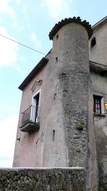 Castello dei Baglioni di Sipicciano.jpg