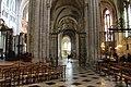 Cathédrale St Étienne intérieur Sens 2.jpg