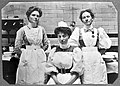 Charing Cross Hospital; portrait of theatre staff. Photograp Wellcome L0016350.jpg