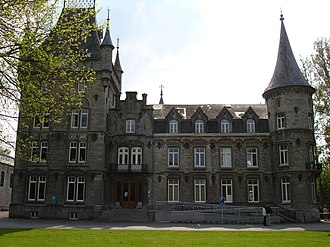 Viroinval - Image: Chateau Licot