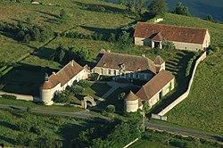 Chateau Les Melays Neuvy 04.jpg