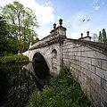 Chiswick - Classic Bridge (15321939465).jpg