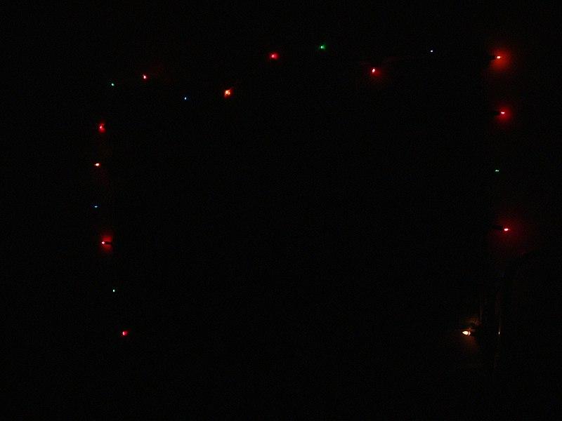 File:Christmas lights MMB 02.jpg