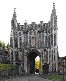 Colchester StJohns AbbeyGate.jpg