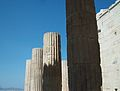 Columnes dels Propileus de l'Acròpoli d'Atenes.JPG