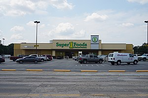 Brookshire Grocery Company - Super 1 Foods grocery store in Corsicana, Texas