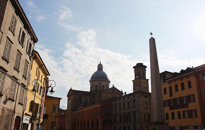 File:Corso Garibaldi (7).JPG