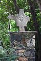 Cruz rota na Casa de la Vall. Andorra 158.jpg