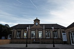 Dangeau mairie Eure-et-Loir France.jpg