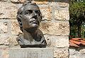 Denkmal J.S.Bach im Kirchhof.jpg